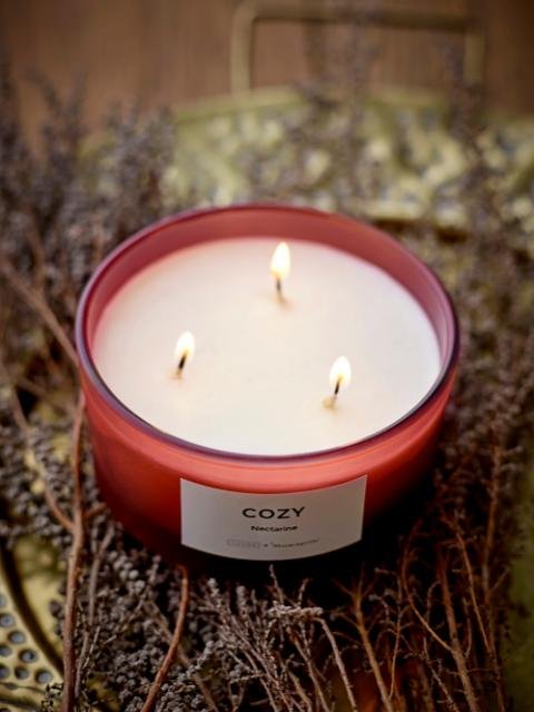 COZY - Nectarine Scented Candle, Natural wax